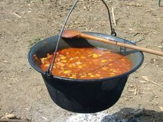 """Goulash (gulyas) mystery: """"I had never problem with the Hungarian goulash. With only two authentic recipes i managed to cook the common goulash soup, (no guests), and. Croatian Cuisine, Hungarian Cuisine, Croatian Recipes, Hungarian Recipes, Indian Food Recipes, Ethnic Recipes, Traditional Croatian Food, Chile Picante, Gastronomia"""