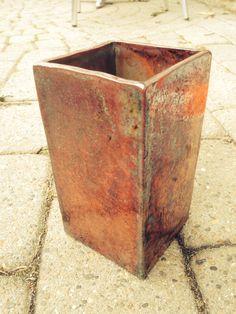 Rakubrændte vase