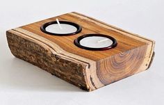 Discover thousands of images about Put together a rustic candle holder from old horseshoes & reclaimed wood. Objet Deco Design, Bois Diy, Wooden Candle Holders, Diy Décoration, Wood Creations, Wooden Crafts, Diy Wood Projects, Tea Light Holder, Woodworking Projects Plans
