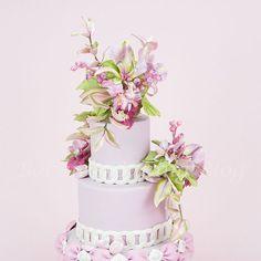 Mariposa Lily Cake Spray - CakesDecor