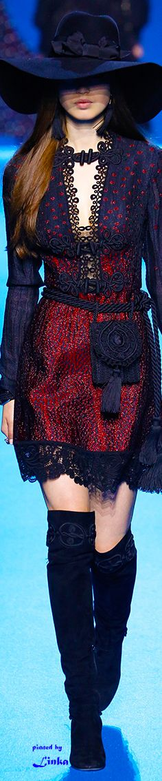 Elie Saab Fall 2018 RTW~pinned by Linka Crosby