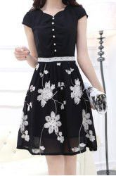 Ladylike Floral Embroidery Design Short Sleeve V-Neck Lace Splicing Knee-Length Dress For Women