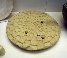 "egyptian limestone game ""mehen"" 2890 BCE"