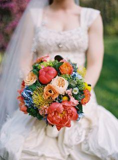 Bright Bridal Bouquet | Jordan Brian Photography | Theknot.com