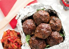 Padkos recipe: Curry lamb frikadelle with tomato and red pepper relish