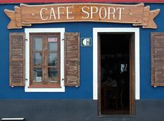 """Peter's Cafe Sport, Horta, Faial island, Azores - The best gin of North Atlantic... """"This was a very interesting bar."""" Mari really like the food served here."""