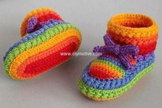 crocheted baby shoes 3