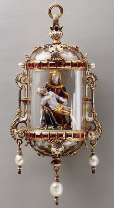 Pietà - German or French : Gold, Enamel, Crystal, Rubies & Pearls. Metal work Platinum & Gold 10.2 x 4.8 cm. 19th Century.
