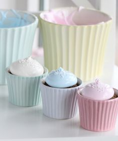 Oreo Ice Cream Cupcakes - vanilla ice cream, Oreos, 1 egg white
