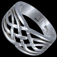 Silver ring, intertwined Silver ring, Ag 925/1000 - sterling silver. A robust intertwined ring.