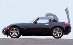 Road Test: 2006 Mazda MX-5 vs. 2006 Pontiac Solstice