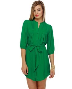 I love green. It's the one color I know I look fantastic in and also, this dress is too cute.