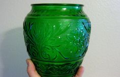#ppt #pickingparadise #blackfriday Vintage Duncan Miller Green Sandwich Vase Mint by ChinaGalore