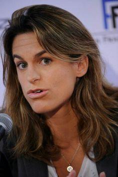 Just Momo :)  Amelie Mauresmo #tennis