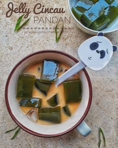 Resep minuman segar untuk buka puasa © 2020  Instagram/@banususanto ; Instagram/@dellasuzura Cocktail Desserts, Dessert Drinks, Jamun Recipe, Indonesian Food, Latte, Smoothies, Deserts, Food And Drink, Menu