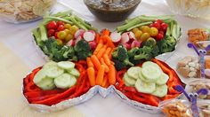 New Birthday Party Food For Kids Snacks Veggie Tray Ideas Butterfly Snacks, Butterfly Kids, Butterfly Birthday Party, Butterfly Baby Shower, 5th Birthday, Birthday Ideas, Appetizer Recipes, Appetizers, Baby Shower Food For Girl