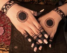 Best 11 Mehndi henna designs are always searchable by Pakistani women and girls. Women, girls and also kids apply henna on their hands, feet and also on neck to look more gorgeous and traditional. Henna Hand Designs, Dulhan Mehndi Designs, Circle Mehndi Designs, Mehndi Designs Finger, Mehndi Designs For Girls, Mehndi Designs For Beginners, Stylish Mehndi Designs, Mehndi Designs For Fingers, Wedding Mehndi Designs