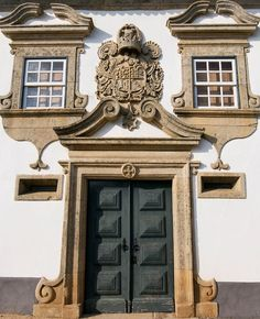 Arcas Manor House, Macedo de Cavaleiros, Tras-os-Montes, #Portugal (by Luis Liberal)