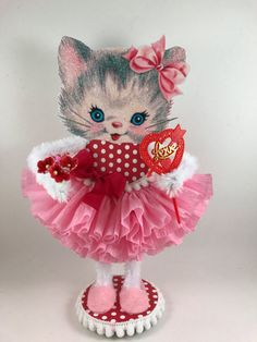 Retro Pink Kitty Valentine https://www.etsy.com/listing/488757566/retro-pink-kitty-valentine?ref=shop_home_feat_1