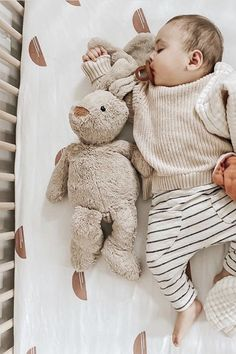 Kids unisex and gender neutral clothes for boys and girls So Cute Baby, Cute Baby Boy Outfits, Cute Kids, Cute Babies, Baby Boy Style, Toddler Boy Outfits, Fall Baby Outfits, Little Boy Style, Cute Baby Stuff