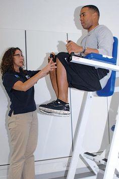 Vertical Knee Raise For Body Workout Vertical Knee Raise