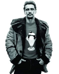 311 отметок «Нравится», 1 комментариев — All things James Franco (@francofeen) в Instagram: «And then, wearing the Hollywood actor's cunning disguise of a baseball cap, he's off, headed back…»