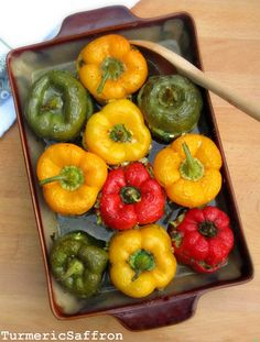 Turmeric and Saffron: Dolmeh Felfel - Stuffed Bell Peppers