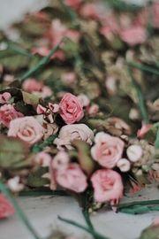 Lotje corsages handgemaakte papieren roosjes