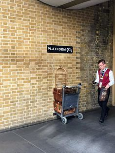 Platform nine and three-quarters at King's Cross station, London stock photo London Eye, Harry Potter Store, Mr. Bean, Places To Visit Uk, London Pictures, Platform, Stock Photos, Instagram Posts, October 2014