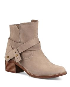 f82b6ae867c1 Ugg Elora Booties Ugg Boots Outfit