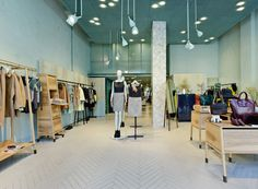 MaxCo. flagship stores in Milan. The warm minimalism of the new MaxCo stores. #ArchiJuice #RetailDesign