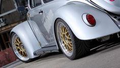VW Bug - Jörgs Little Bomb: Renn-Bug mit Laufsteg-Qualitäten! - Auto der Woche - VAU-MAX - Das kostenlose Performance-Magazin