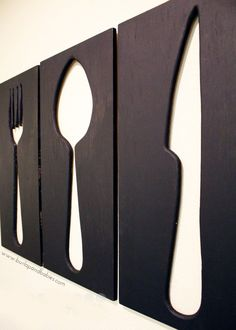 How to Make Giant Utensil Wall Art Looking for some creative wall decor for your dining room or kitchen? Create your own giant utensil wall art. Metal Tree Wall Art, Diy Wall Art, Diy Art, Wall Art Decor, Wall Décor, Dining Wall Decor Ideas, Metal Art, Cool Wall Art, Wooden Wall Decor