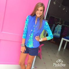 Lilly Pulitzer Blake Vest Lilly's Lagoon Palmetto Top Lilly Pulitzer Fall 2015 Come see all the New Lilly Pulitzer arrivals at Pink Bee in Greenville, SC! Preppy Girl, Preppy Look, Preppy Style, My Style, Winter Gear, Fall Winter Outfits, Summer Outfits, Preteen Girls Fashion, Girl Fashion