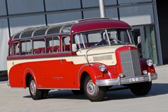 Setra Brings Four Vintage Buses to The 2014 Retro Classic Show - autoevolution for Mobile