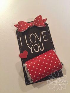 Valentine Baskets, Valentine Treats, Valentine Day Cards, Valentines, Valentine's Day Paper Crafts, Paper Crafting, San Valentin Ideas, Candy Crafts, Neighbor Gifts