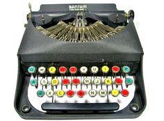 amazing vintage typewriter