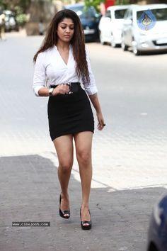 South Indian Film Actress Nayantara Hot Photos and Wallpapers Actress Pics, Indian Film Actress, South Indian Actress, Indian Actresses, Indian Celebrities, Bollywood Celebrities, Hot Actresses, Beautiful Actresses, Nayantara Hot