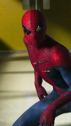 Spider-Man Movie Excerpt| One of the Classic Spider-Man Suit