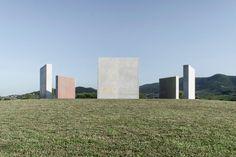 Daniel Buren, lucia giannecchini · Three-coloured Fountain Walls for a Hexagon
