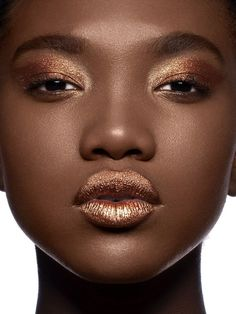 Search for Makeup at SHEIN. Dark Skin Makeup, Dark Skin Beauty, Gold Makeup, African Makeup, Art Visage, Dark Skin Tone, Brown Skin, Looks Dark, Ruby Woo