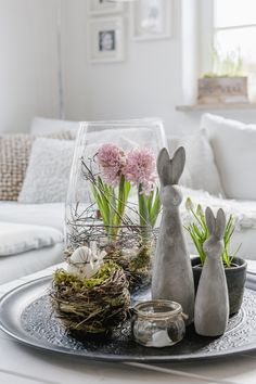 Easter Table Decorations, Flower Decorations, Easter Decor, Spring Decorations, Deco Nature, Deco Floral, Spring Home Decor, Spring Crafts, Deco Table