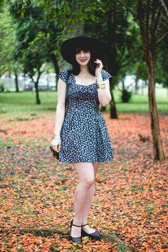 Melina Souza - Serendipity <3 http://melinasouza.com/2015/10/14/blue-happy-flowers/ #look #FOREVER21 #TutuAteliedeSapatilhas