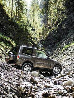 Mitsubishi Pajero Edition 35  Austria Tyrokia, Tirol, Salzburg  www.autorevue.at/landpartie/mitsubishi-pajero-edition-35-tirol-offroad-ausflug-christian-karlberger.html