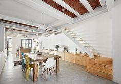 rehabilitacion integral e Interiorismo de una Casa unifamiliar en Sabadell por TheHallStudio en colaboracion con el arquitecto Manu Pages