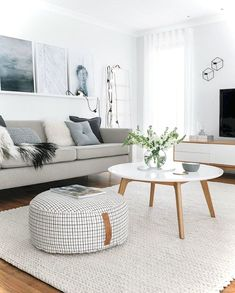 Adorable 50 Best Apartment Living Room Decorating Ideas https://roomaniac.com/50-best-apartment-living-room-decorating-ideas/