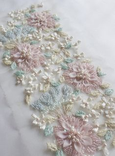 Embroidery Satin Flower Hand-made trim with applique organza and satin flowers Couture Embroidery, Rose Embroidery, Silk Ribbon Embroidery, Embroidery Patterns, Hand Embroidery Tutorial, Hand Embroidery Designs, Satin Flowers, Fabric Flowers, Dress Sewing Patterns