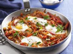 Ouă cu legume în stil turcesc (Menemen) - Good Food Romania