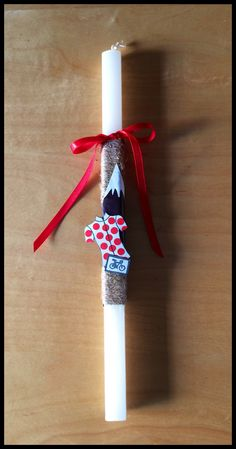 Easter candle with cycling theme (Tour de France, King of the mountains inspired).