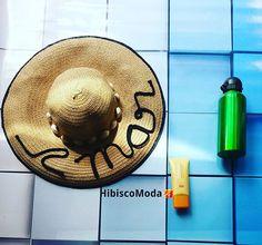 Para um fds tranquilo com #praia🏖 #Sol🌞 #mar🌊 nunca esqueça #chapéu #água #protetorsolar . Sabadooooo ótimo fds galera.  #hibisco #Hibiscomoda #eusigohibisco #sigahibisco #eucurtohibisco #curtahibisco #look #lookdodia #moda #fashion #style #summer #básico #Love #tropical #fortaleza #Praia #chic #tshirt #climatropical #fashionista #tendência #perfect #instastyle #chapéu #água #protetorsolar.
